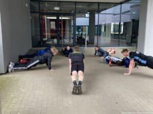 2021-05-30-outdoor-training-badminton-hannover-verein_56