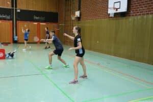 2021-09-11_12-dbv-b-rlt-u17-u19-nienburg-badminton-hannover_02_kl