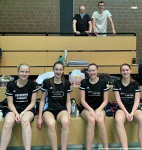 2021-09-11_12-dbv-b-rlt-u17-u19-nienburg-badminton-hannover_22_kl