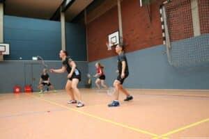 2021-09-18_19-landesmeisterschaft-u17-u19-melle-badminton-hannover_21_kl