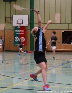 2021-10-02-landesmeisterschaft-u11-u15-badminton-hannover-training_03_kl