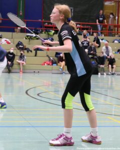 2021-10-02-landesmeisterschaft-u11-u15-badminton-hannover-training_11_kl