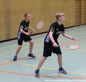 2021-10-03-landesmeisterschaft-u11-u15-badminton-hannover-training_08_kl