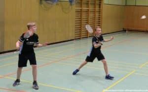 2021-10-03-landesmeisterschaft-u11-u15-badminton-hannover-training_10_kl