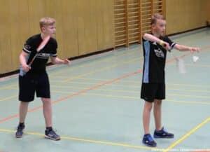 2021-10-03-landesmeisterschaft-u11-u15-badminton-hannover-training_11_kl