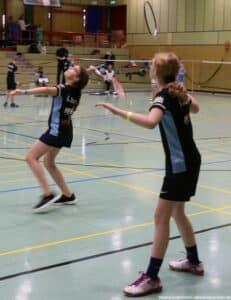 2021-10-03-landesmeisterschaft-u11-u15-badminton-hannover-training_13_kl
