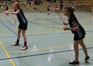 2021-10-03-landesmeisterschaft-u11-u15-badminton-hannover-training_15_kl