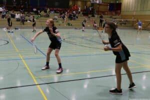 2021-10-03-landesmeisterschaft-u11-u15-badminton-hannover-training_16_kl