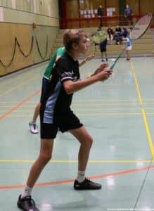 2021-10-03-landesmeisterschaft-u11-u15-badminton-hannover-training_19_kl