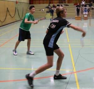 2021-10-03-landesmeisterschaft-u11-u15-badminton-hannover-training_20_kl