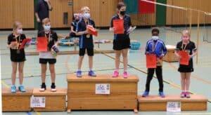 2021-10-03-landesmeisterschaft-u11-u15-badminton-hannover-training_21_kl