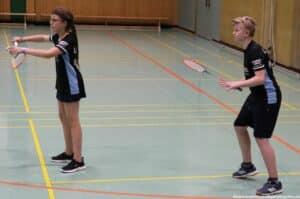 2021-10-03-landesmeisterschaft-u11-u15-badminton-hannover-training_kl